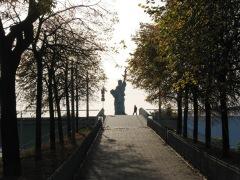Walk_eiffeltower_liberty_nov4_021_1